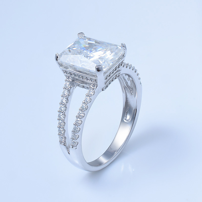 Vintage Solitaire Diamond Ring For Women